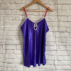 4/$20🍄 Vintage Purple Slip Pink Straps White Trim